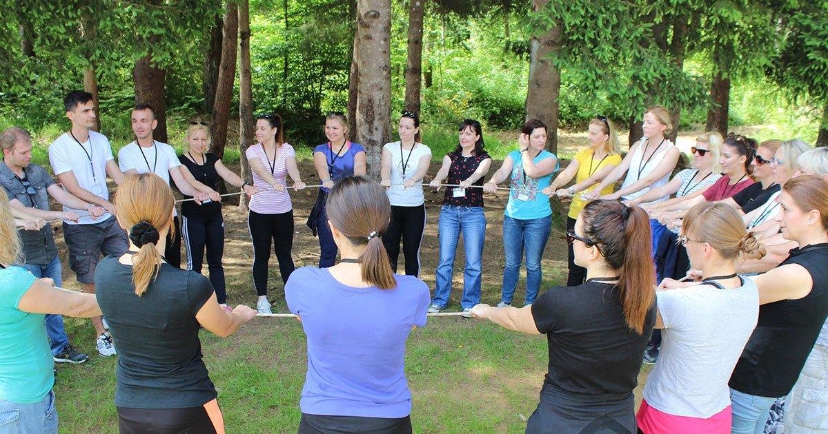 Kontakt seminar za djelatnike škola: doživljajna pedagogija u prirodi